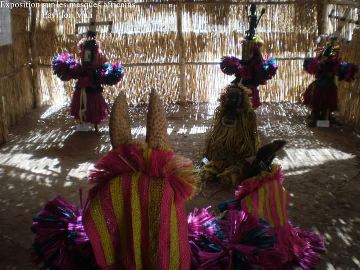 Dance des Masque! FESTIMA! ASAMA! Dédougou_IMG_1519425391707.jpg